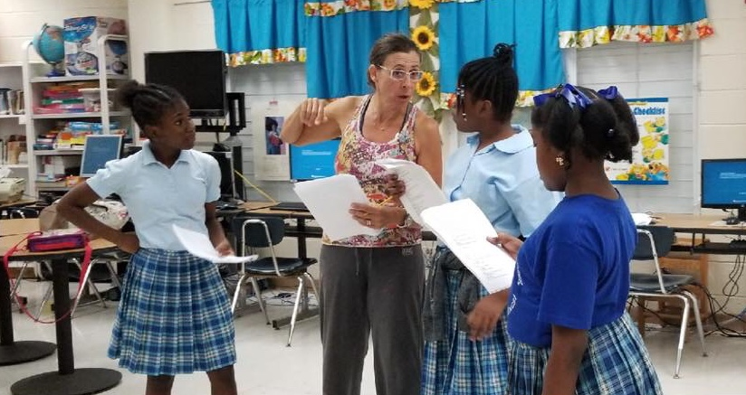 Pistarckle's Shakespearean Scholar Pamela New during the 2018 in-school Shakespeare Workshops. This year, workshops are also taking place in schools throughout the Virgin Islands