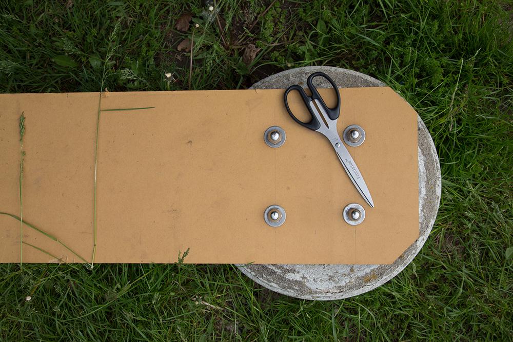 NEW_sRGB_HEAL_scissors_1980_BBraw.jpg