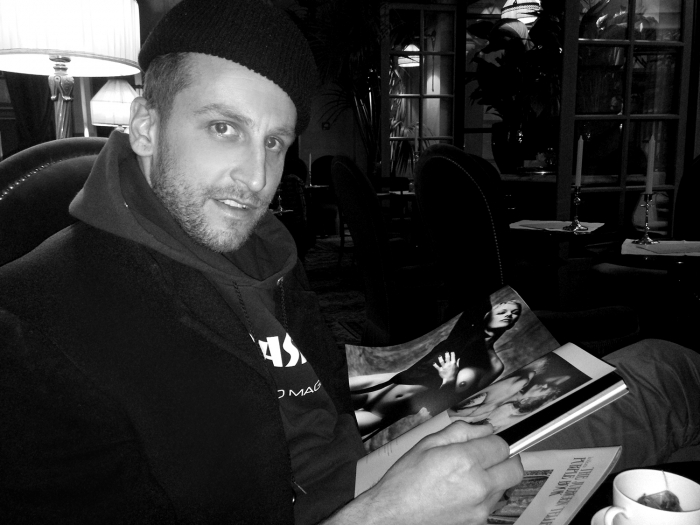 "spotted…     <target=""_blank""> http://purple.fr/diary/entry/the-new-york-artist-curtis-kulig-with-purple-issue-21-at-hotel-costes-paris-photo-hans-longo/article"