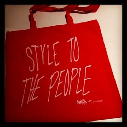 http://www.stylecaster.com/fashion/17491/our-new-holiday-bag-is-seriously-totes