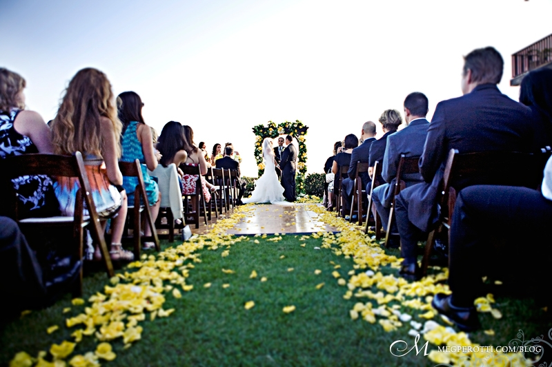 long_beach_art_museum_wedding_meg_perotti_018.jpg