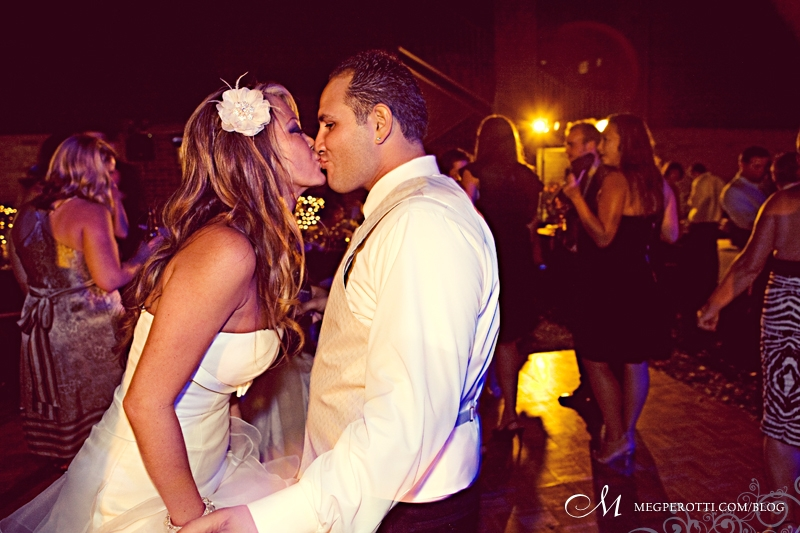 long_beach_art_museum_wedding_meg_perotti_037.jpg