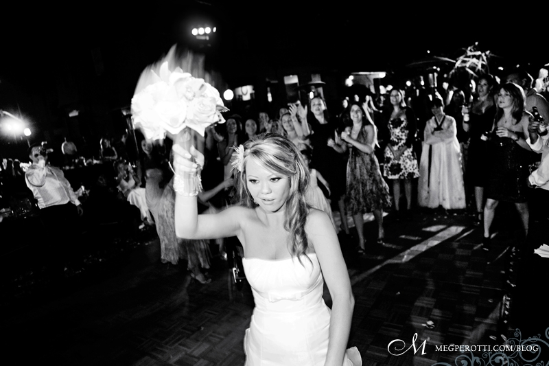 long_beach_art_museum_wedding_meg_perotti_039.jpg