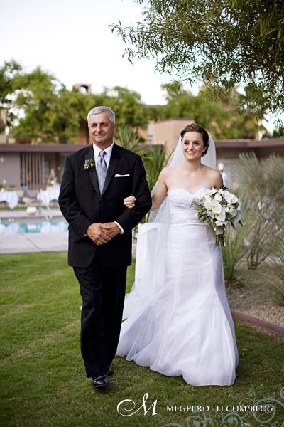 0037ChrisCarly_Wedding_PalmSprings_OrbitIn