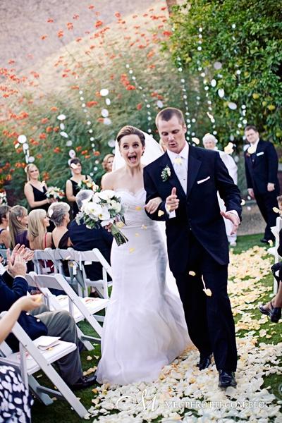0041ChrisCarly_Wedding_PalmSprings_OrbitIn