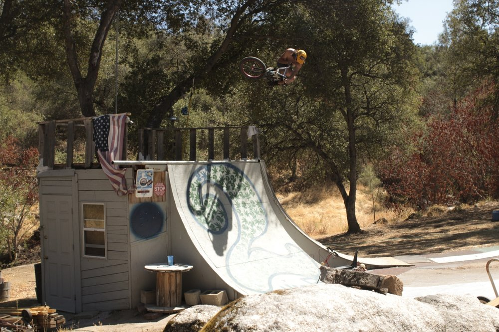 DirtyRaynch back yard table top up in the hills near yosemite ph: Jackson Allen