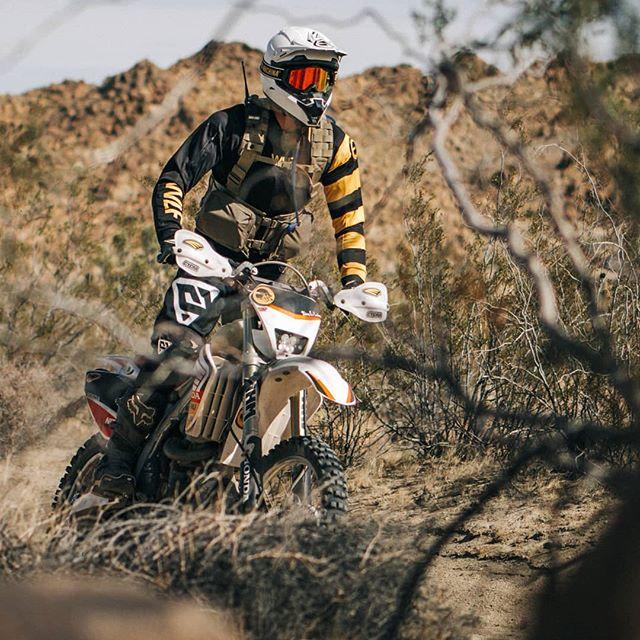 @chazr on desert sweep. 🌵🐝🌵 So ready to get back in the sticks! #WLFMissionII 🇺🇸 #O2WF #WLFenduro