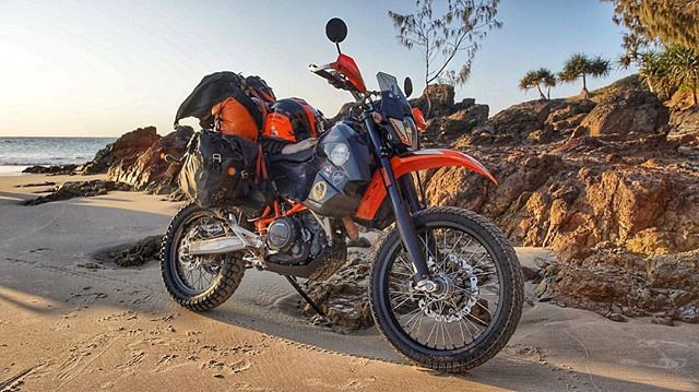 Adventure machine. 👏 Incredible setup. 📷: @westcoastwanderer_ Here she is all loaded up and ready for action. After a week of traveling dirt roads from Brisbane to Mackay I'm finally getting used to the new bike and how it handles off road. The seat is a nightmare. My ass hates me but it's been amazing sleeping under the stars and exploring these roads less traveled. #WLFAustralia 🇦🇺 #WLFurtherTogether