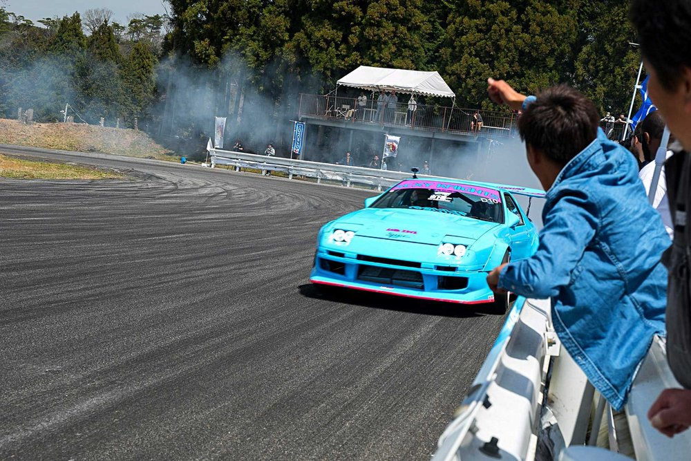 final-bout-japan-blue-mazda-fc.jpg