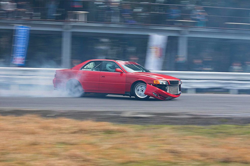final-bout-japan-lowbrain-toyota-chaser.jpg