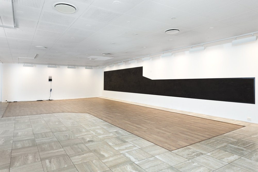 Black view from above , site-related wallpainting Installation view Sandefjord Kunstforening Work to the left by Ignas Krunglevičius