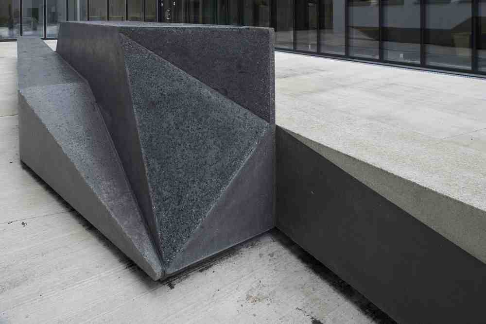 Unfolded Shape Drifter  Concrete sculpture with lights