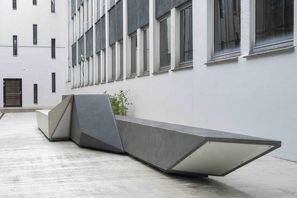 Unfolded Shape Drifter  Concrete sculpture