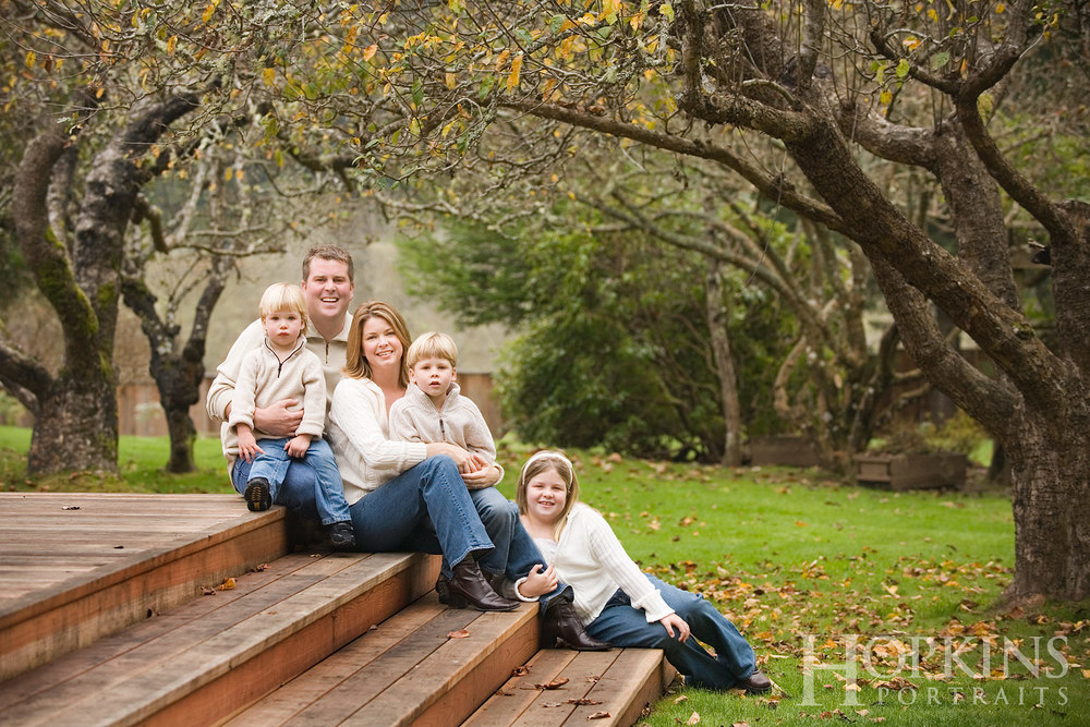 campbell_family_portraits_location_yard_deck.jpg