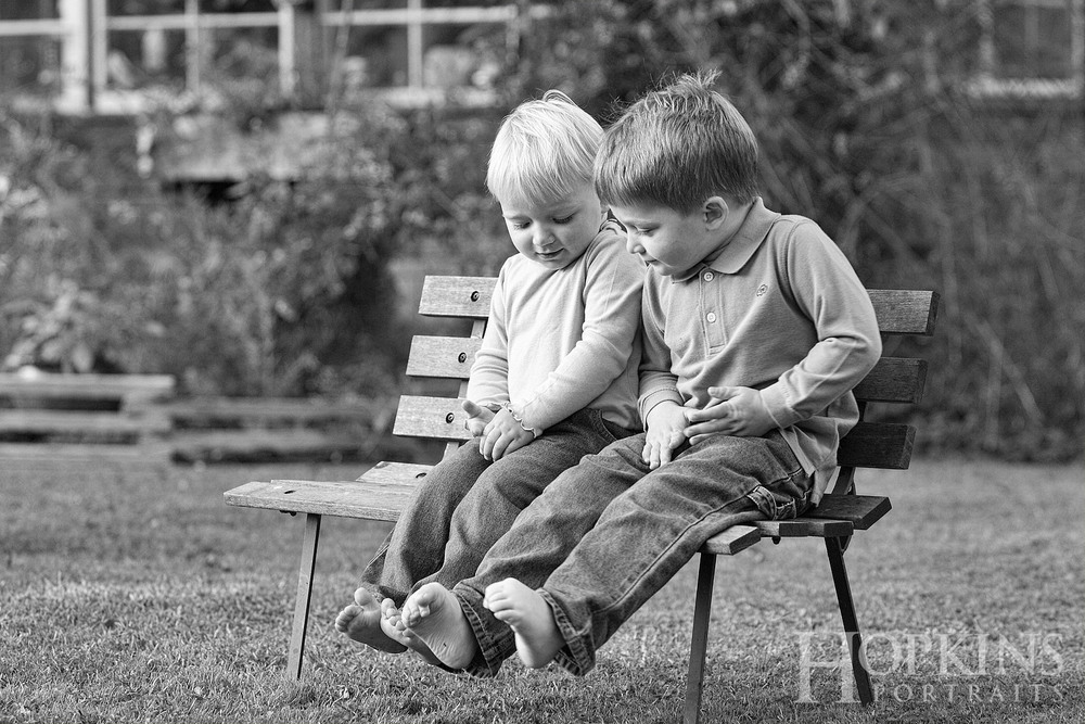 johnston_children_portrait_location_lawn_backyard_photography.jpg