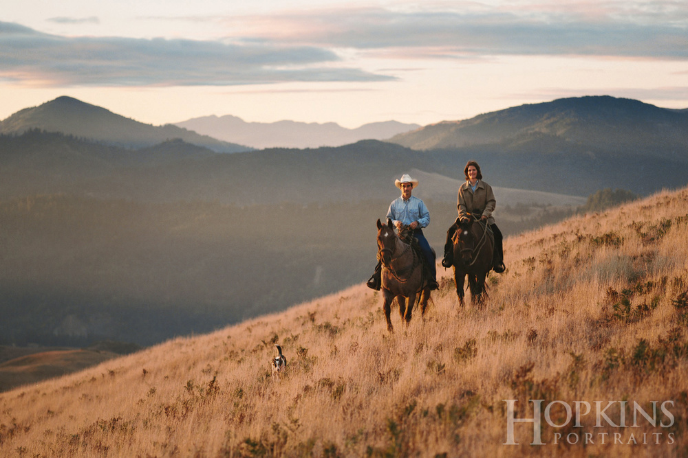 Russ_horses_couples_portraits_location_photography_sunrise.jpg