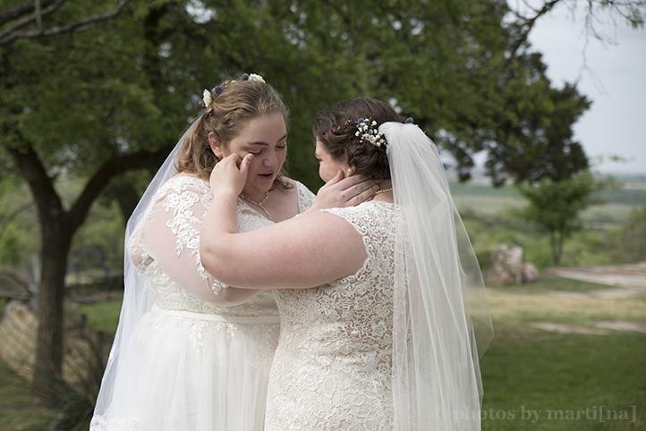 manor-wedding-photos-by-martina-terradora-14.jpg