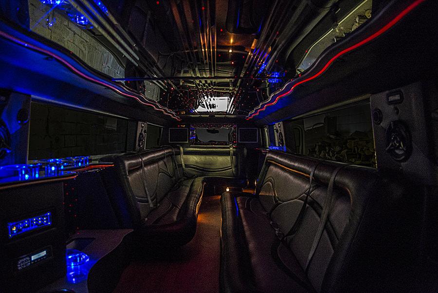 austin-hummer-limo2.jpg