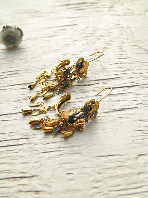 goldandblue.jpg