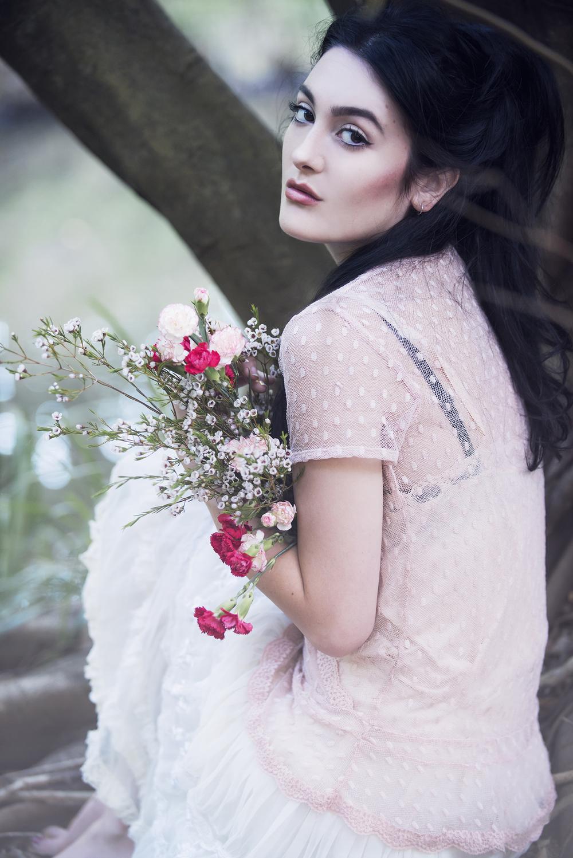 lana pink portrait flowers ex 1500 .jpg