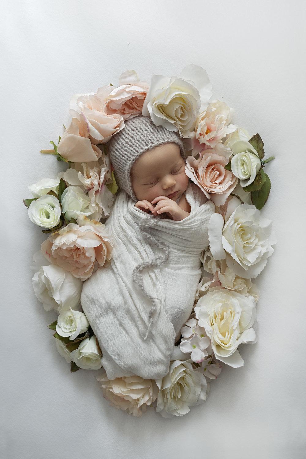 lucah newborn24 fx.jpg
