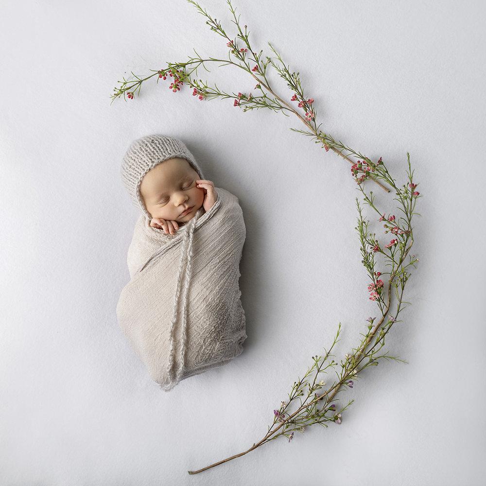 lucah newborn25 fx.jpg