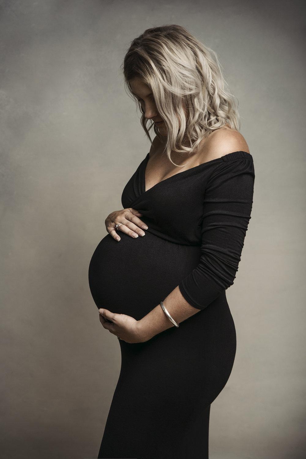 jess maternity44 fx.jpg