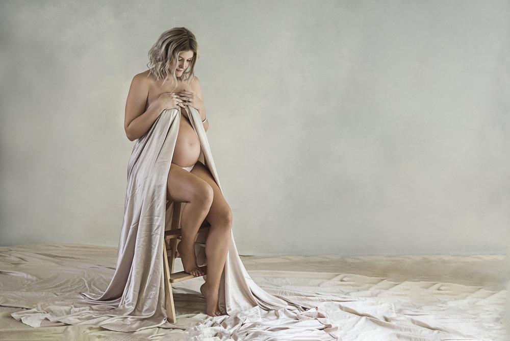 jess maternity52 fx.jpg