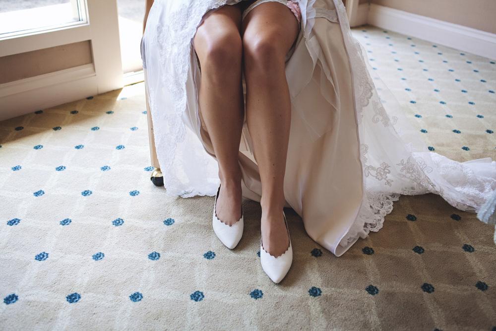 003outlivecreative.com-outliveweddings.com-outlivecreative-socialmedia-wedding-bride-groom-film-contax645-photographer-california-portland-stylemepretty-greenweddingshoes-international.jpg