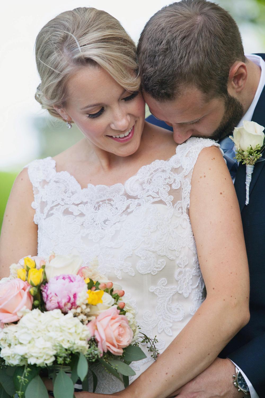 008outlivecreative.com-outliveweddings.com-outlivecreative-socialmedia-wedding-bride-groom-film-contax645-photographer-california-portland-stylemepretty-greenweddingshoes-international.jpg