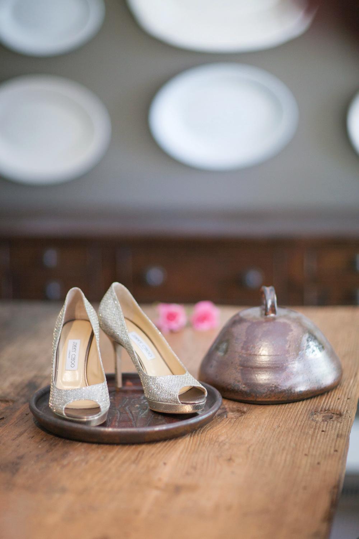 061outlivecreative.com-outliveweddings.com-outlivecreative-socialmedia-wedding-bride-groom-film-contax645-photographer-california-portland-stylemepretty-greenweddingshoes-international.jpg