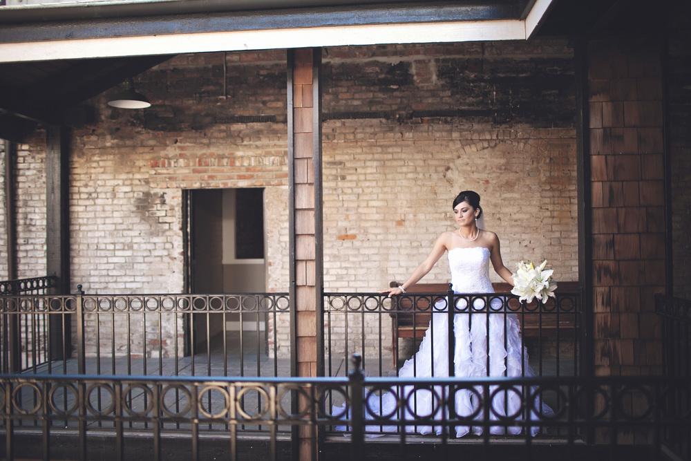 079outlivecreative.com-outliveweddings.com-outlivecreative-socialmedia-wedding-bride-groom-film-contax645-photographer-california-portland-stylemepretty-greenweddingshoes-international.jpg