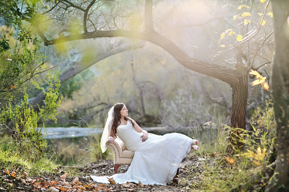 087outlivecreative.com-outliveweddings.com-outlivecreative-socialmedia-wedding-bride-groom-film-contax645-photographer-california-portland-stylemepretty-greenweddingshoes-international.jpg