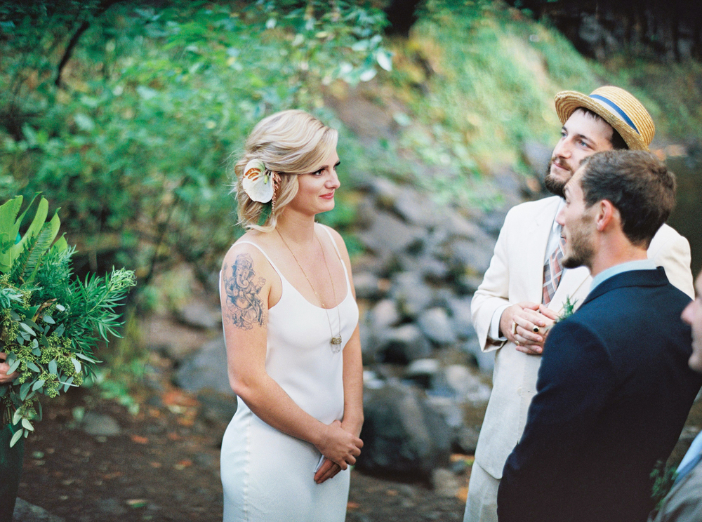 050Outlive+Creative+Tropical+Northwest+Columbia+Gorge+Elopement+Film+Photographer.jpg