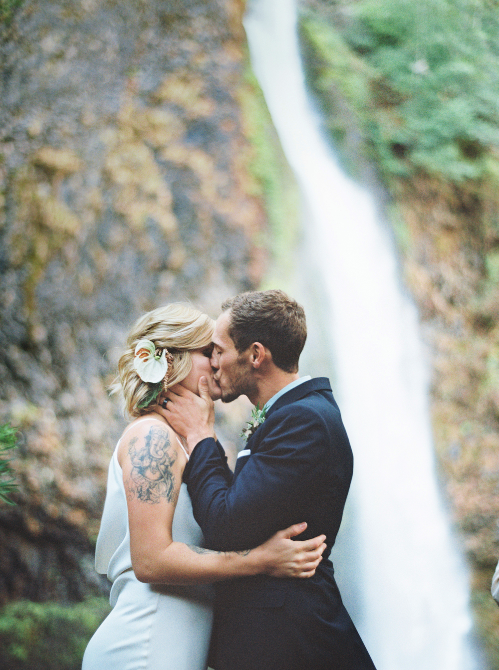 051Outlive+Creative+Tropical+Northwest+Columbia+Gorge+Elopement+Film+Photographer.jpg