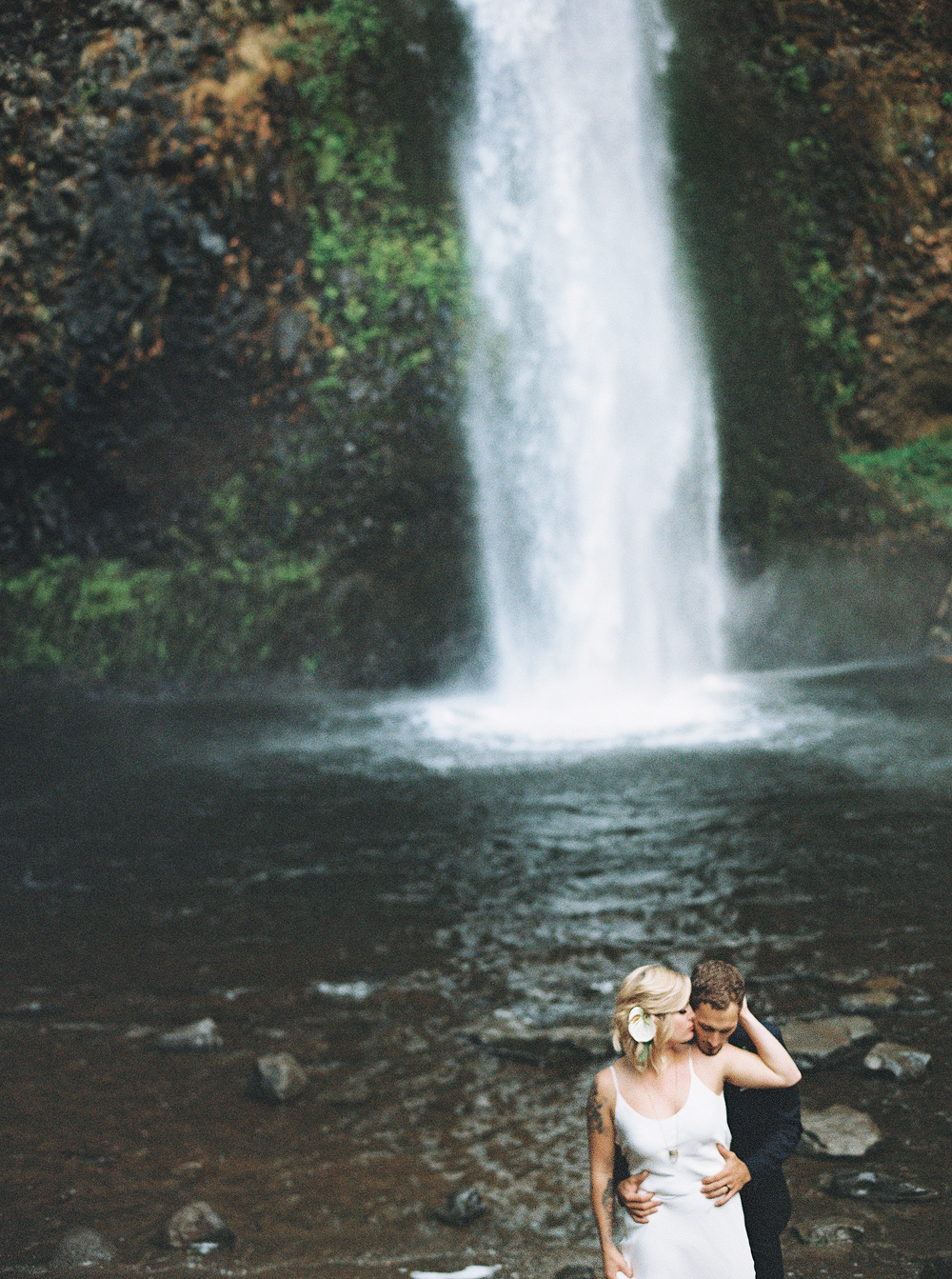 055Outlive+Creative+Tropical+Northwest+Columbia+Gorge+Elopement+Film+Photographer.jpg