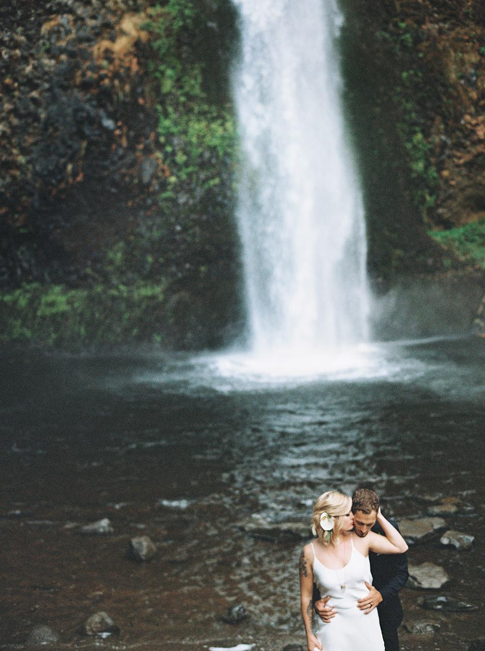 055Outlive+Creative+Tropical+Northwest+Columbia+Gorge+Elopement+Film+Photographer.jpg