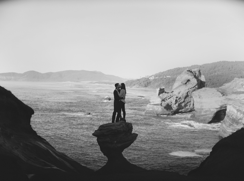 012+Outlive+Creative+Cape+Kiwanda+Oregon+Fine+Art+Film+Wedding+Photographer.jpg