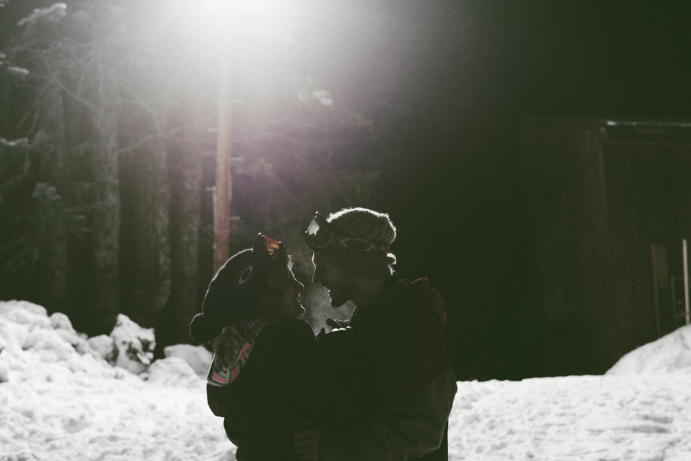 001+outlive+creative+oregon+best+engagment+shoot+location+ski+bowl+skyler+katie.jpg