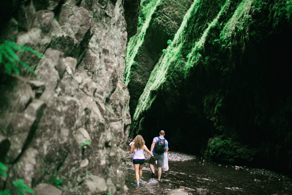 035OneontaGorge+Elopement+Photography+Videography+Oregon+OutliveCreative.jpg