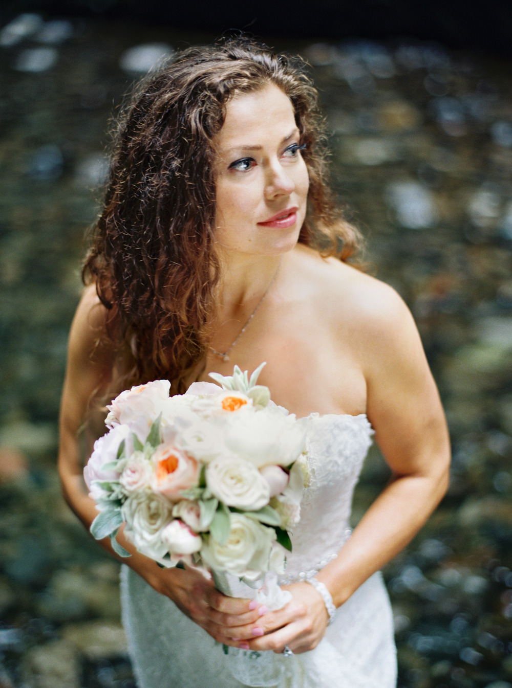 045OneontaGorge+Elopement+Photography+Videography+Oregon+OutliveCreative.jpg