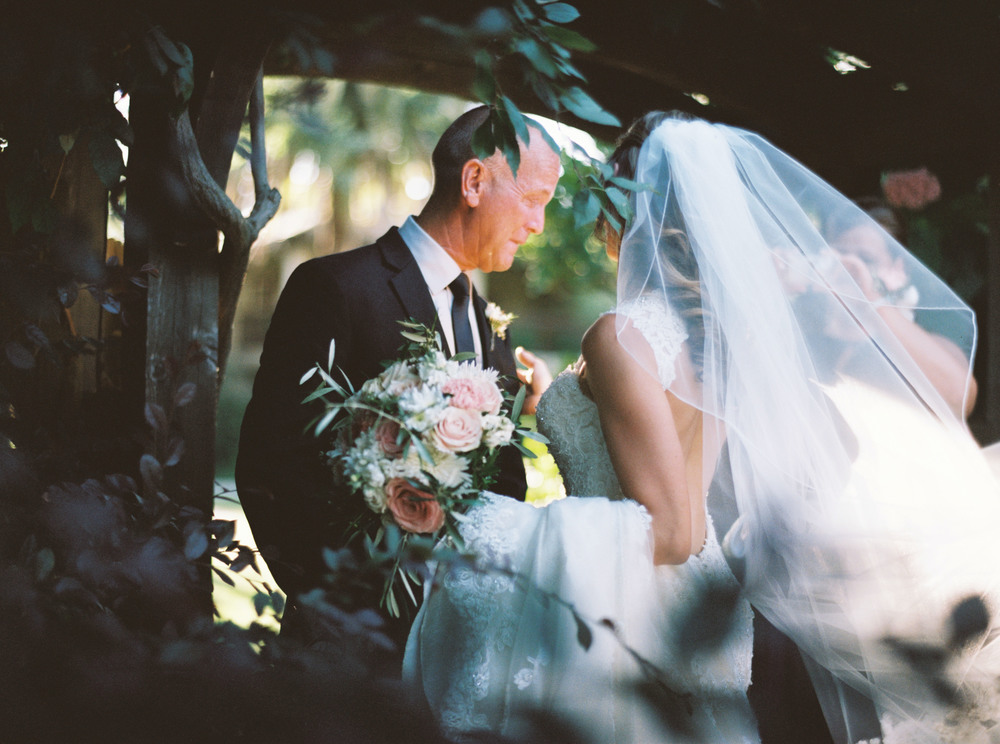 080johnna&jake+wine&roses+california+fineart+film+images+wedding+photography+videography.jpg