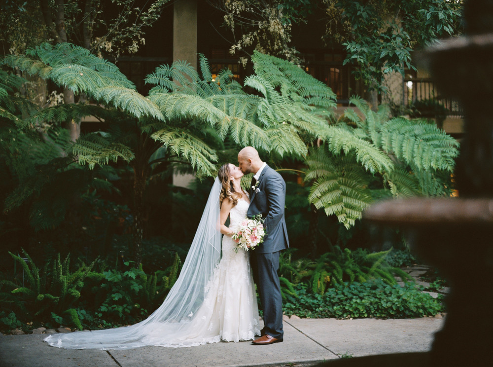 099johnna&jake+wine&roses+california+fineart+film+images+wedding+photography+videography.jpg