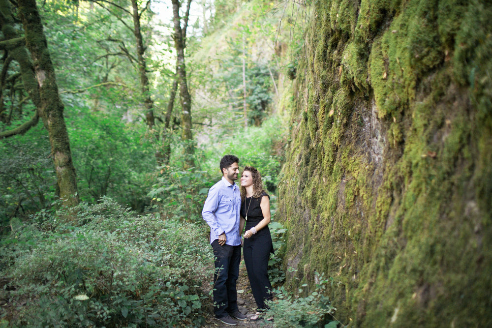 002Oneonta Gorge : Portland Oregon Wedding Photographer : Best engagment shoot location : 2016.jpg