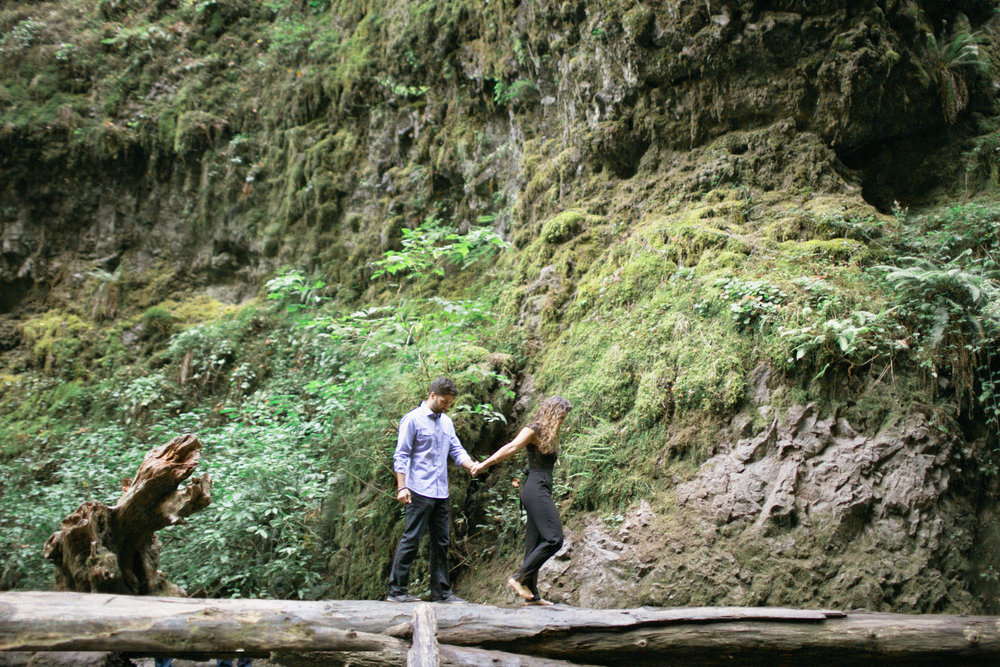 004Oneonta Gorge : Portland Oregon Wedding Photographer : Best engagment shoot location : 2016.jpg