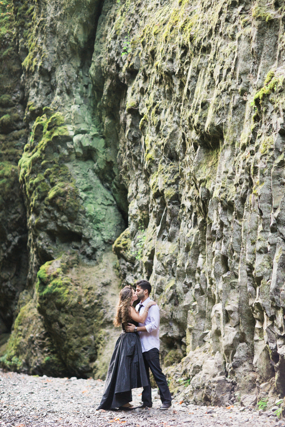 008Oneonta Gorge : Portland Oregon Wedding Photographer : Best engagment shoot location : 2016.jpg