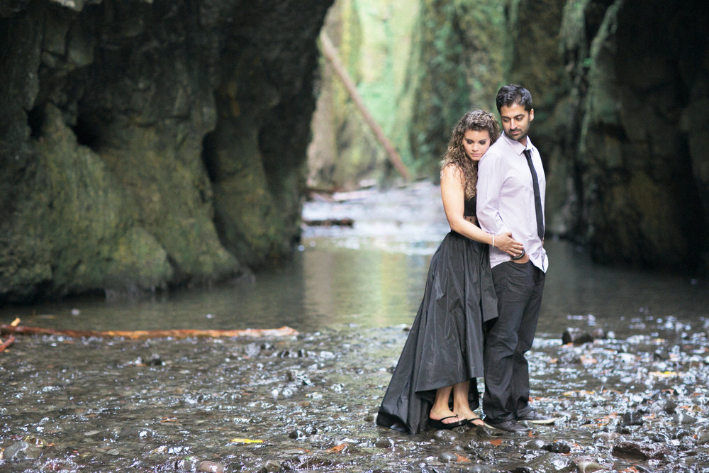 010Oneonta Gorge : Portland Oregon Wedding Photographer : Best engagment shoot location : 2016.jpg