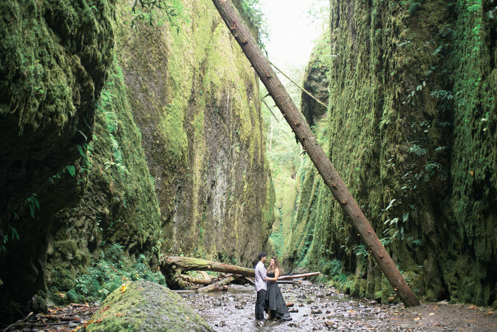 014Oneonta Gorge : Portland Oregon Wedding Photographer : Best engagment shoot location : 2016.jpg