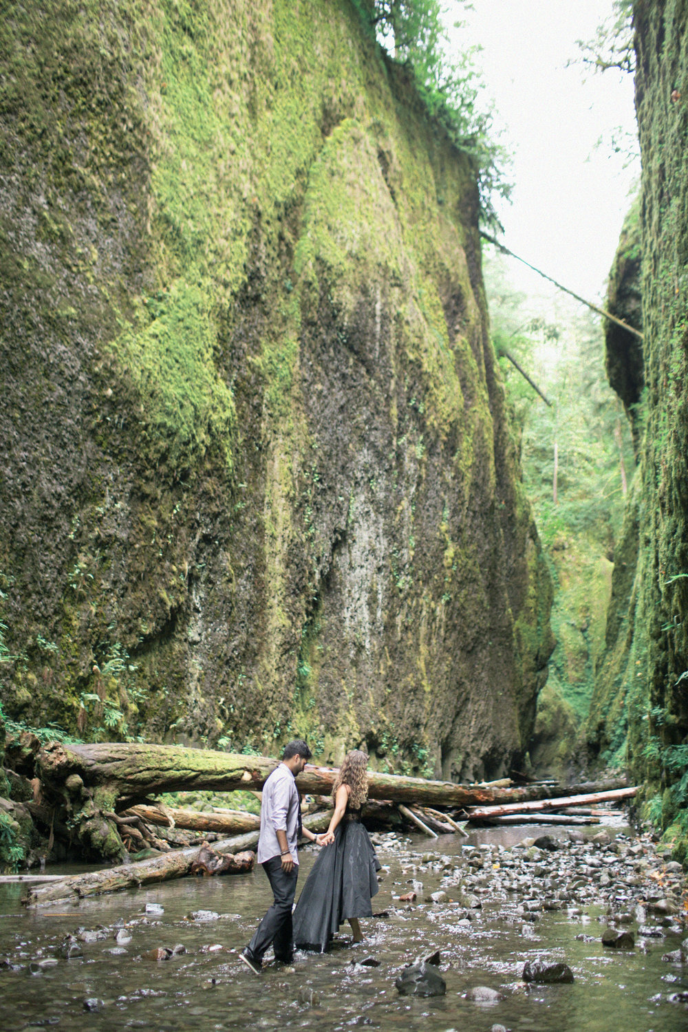 016Oneonta Gorge : Portland Oregon Wedding Photographer : Best engagment shoot location : 2016.jpg
