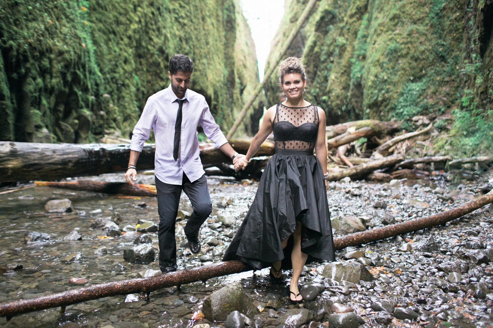 018Oneonta Gorge : Portland Oregon Wedding Photographer : Best engagment shoot location : 2016.jpg